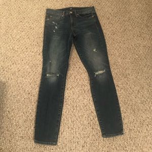 Distressed skinny jeans by Gap, Size 28 Reg